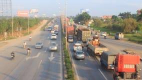 Ingorgo di traffico dagli incidenti stock footage