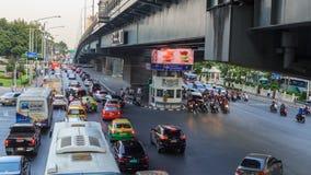 Ingorgo stradale in città video d archivio