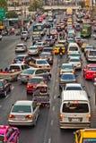 Ingorgo stradale durante l'ora di punta a Bangkok Fotografie Stock Libere da Diritti