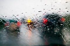 Ingorgo stradale durante la pioggia Fotografie Stock Libere da Diritti