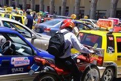 Ingorgo stradale nel cuore la città di Arequipa Immagini Stock Libere da Diritti