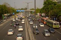 Ingorgo stradale sulla strada a Delhi Fotografia Stock Libera da Diritti
