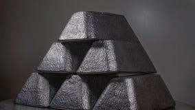 Ingots w cynie, srebrze, prowadzeniu/ Zdjęcie Stock