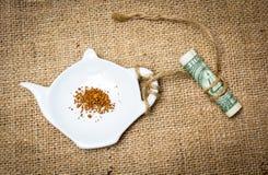Ingrédients dans des tasses Image libre de droits