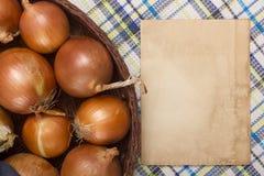 Ingrédients de nourriture d'oignon pour la cuisson Photo stock