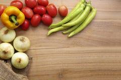 Ingrédients frais pour la cuisson photographie stock