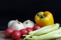 Ingrédients frais pour la cuisson photographie stock libre de droits