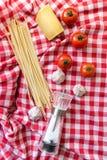 Ingrédients italiens de pâtes Photographie stock