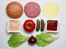 Ingrédients pour l'hamburger Image libre de droits