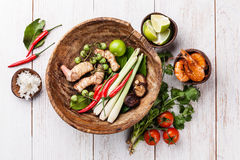 Ingrédients pour la soupe thaïlandaise Tom Yam Image stock