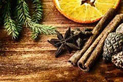 Ingrédients pour le vin chauffé Image stock