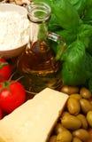 Ingrédients pour un repas italien photographie stock