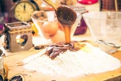 Ingrédients préparés pour le pain d'épice de Noël Images libres de droits