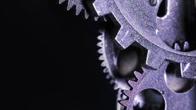 Ingranaggi metallici arrugginiti dell'orologio di lerciume industriale astratto video d archivio