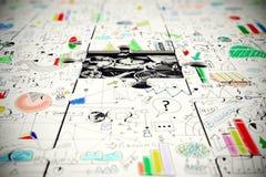 Ingranaggi nell'ambito di un pezzo mancante di puzzle Immagine Stock