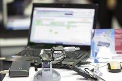 Ingranaggio d'acciaio automobilistico di ispezione immagini stock