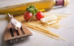 Ingrédients de nourriture italiens Images stock