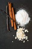 Ingrediënten voor cake royalty-vrije stock foto