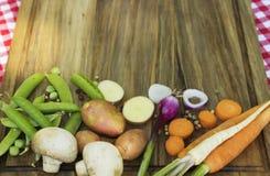 Ingrediënten voor de soep van de litezomer Stock Afbeelding