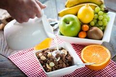 Ingrediënten voor een gezond ontbijt stock afbeelding