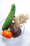 Ingrediënten voor gezonde plantaardige drankschokken Stock Foto