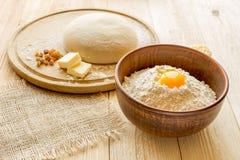 Ingrediënten voor het koken van deeg, zoet baksel Royalty-vrije Stock Fotografie