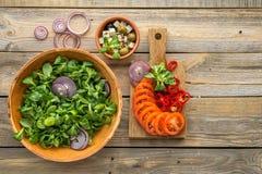 Ingrediënten voor het koken van salade Stock Afbeeldingen