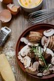 Ingrediënten voor Paddestoel en Kaas Frittata Royalty-vrije Stock Fotografie