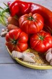 Ingrediens для соусов - свежих зрелых красных томатов, паприки, моркови Стоковое Изображение RF