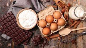 Ingrediens för chokladkaka arkivfoto