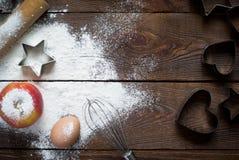 Ingredienser för att laga mat att baka arkivfoto