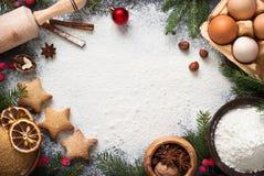 Ingredienser för att laga mat att baka för jul royaltyfria foton