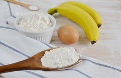 Ingredienser för bananpannkakor Fotografering för Bildbyråer