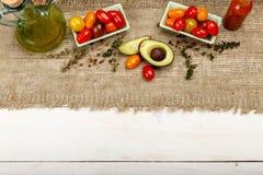 Ingredienser för den vårgrönsakbuddha bunken sund läcker mat Royaltyfri Foto