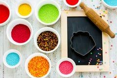 Ingredienser för festliga kakor för garnering Arkivfoto