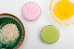 Ingredienser för hemlagade skönhetsmedel som isoleras på vit Royaltyfria Foton