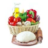 Ingredienser för pizza. arkivfoto