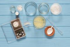 Ingredienser för produktion av naturliga skönhetskönhetsmedel, närbild Fotografering för Bildbyråer