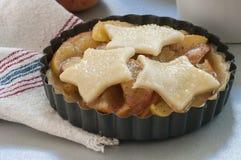 Ingredienser för stekhet äppelpaj Arkivfoton