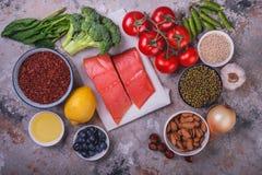 Ingredienser för sund matlagning arkivbild