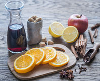 ingredienser mulled wine Royaltyfri Bild