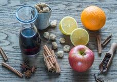 ingredienser mulled wine Arkivfoto