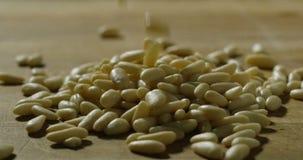 Ingredienser och handlingar skjuter i upplösning 4k eller 6k vid professionellbyrån av italienska branscher för mat och professio arkivfilmer