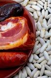 Ingredienser som gör en aptitretande skedmaträtt arkivfoton