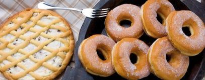 Ingrediente dolce della composizione in cousine dell'alimento per mangiare Immagini Stock