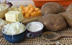 Ingredientes al gratén de la patata Fotografía de archivo libre de regalías