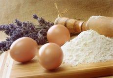 Ingredientes a cocer al horno Foto de archivo libre de regalías