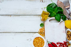 Ingredientes de cocinar de la consumición limpia imagenes de archivo