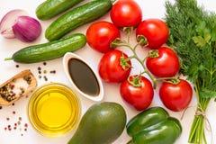Ingredientes de la ensalada de las verduras frescas Fotografía de archivo libre de regalías