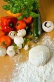 Ingredientes de la pizza Imagen de archivo libre de regalías